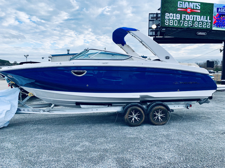 Clearance Sale On All Remaining 2019 Regal Boats • Talley's Pier 77